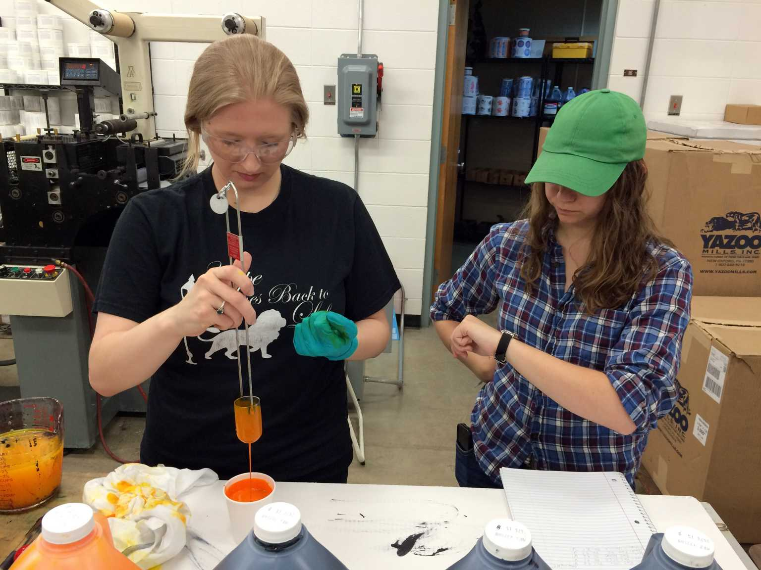 GAIT students mixing ink
